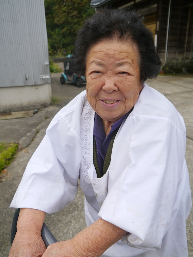 Nice lady at the birthplace of Nishikigoi